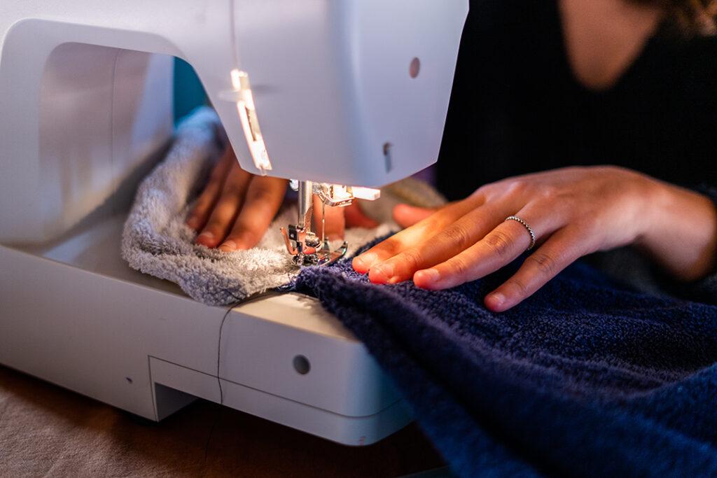 Couture repriser vêtements créations zéro déchet