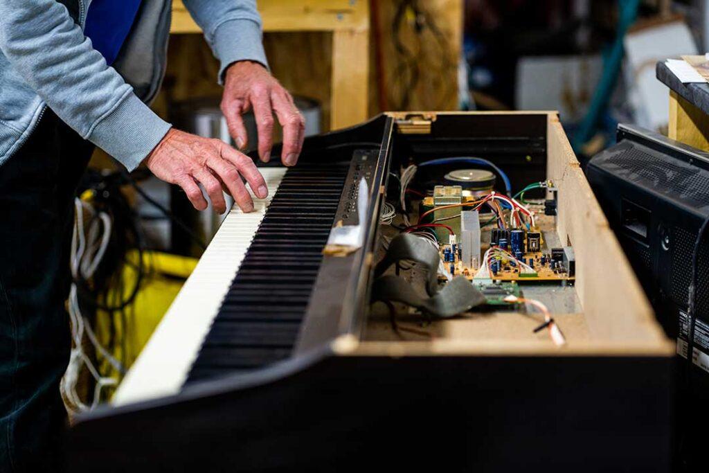 Réemploi matériel instrument réparation bonnes affaires
