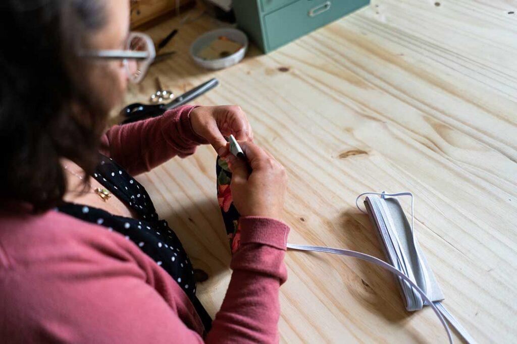 Couture fait-main réutilisable durable